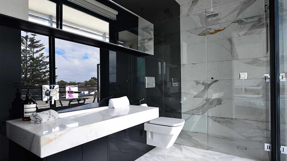 Frameless Shower Screen   Black Glass Splashbacks   Bathroom Ideas   Www.showerscreensgeelong.com